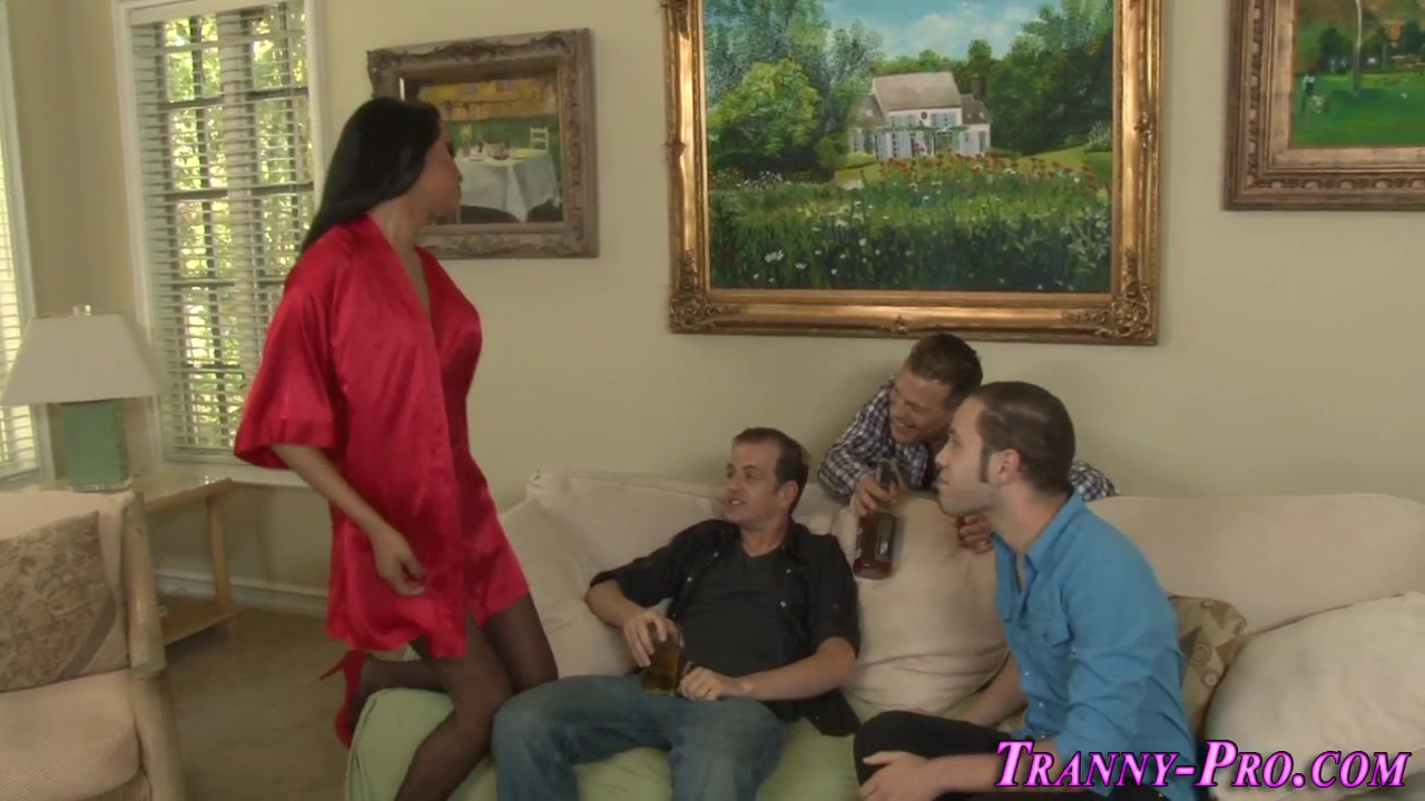 Tgirl Analized In Gang