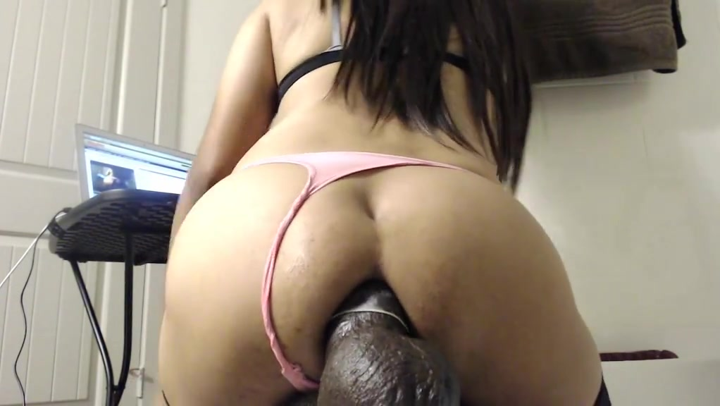 Ass-fuck A Ample Dark-hued Faux-cock