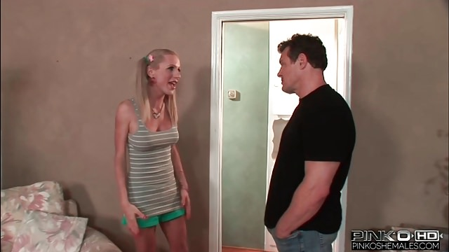 Pinkoshemales The Tranny Baby Sitter Will Get Pounded