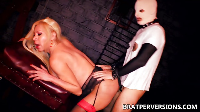 T-girl Bdsm Fabiola Platinum-blonde Pounded Within The Caboose